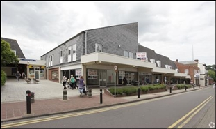 1,578 SF Shopping Centre Unit for Rent  |  St Andrews Square Shopping Centre, Droitwich Spa, WR9 8HE