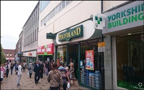 2,965 SF High Street Shop for Rent  |  34 Kirkgate, Wakefield, WF1 1TQ