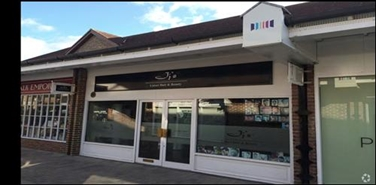 748 SF Shopping Centre Unit for Rent | Unit 17, Pioneer Square, Bicester, OX26 6HY