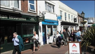 660 SF High Street Shop for Rent  |  142 High Street, Poole, BH15 1DN