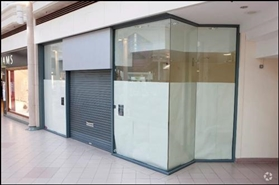 1,145 SF Shopping Centre Unit for Rent  |  48 The Spindles, Oldham, OL1 1HE