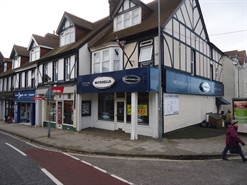 487 SF High Street Shop for Rent  |  4 Station Road, New Milton, BH25 6JU