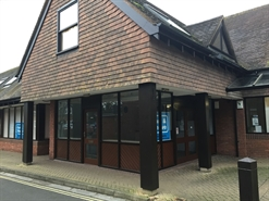 336 SF High Street Shop for Rent  |  6 Fridays Court High Street, Ringwood, BH24 1AB