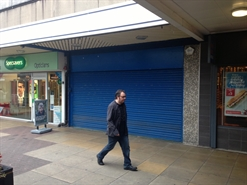 1,237 SF Shopping Centre Unit for Rent  |  14 The Mall Shopping Centre, Eccles, M30 0EA
