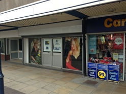 1,233 SF Shopping Centre Unit for Rent  |  26 The Mall Shopping Centre, Eccles, M30 0EA