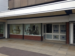 2,765 SF Shopping Centre Unit for Rent  |  28 The Mall Shopping Centre, Eccles, M30 0EA