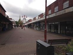 668 SF Shopping Centre Unit for Rent  |  Unit 32 Market Square, Royton, OL2 5QD