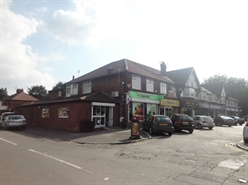 1,520 SF High Street Shop for Rent  |  385 Washway Road, Sale, M33 7TY