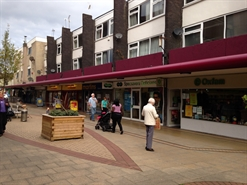1,045 SF Shopping Centre Unit for Rent  |  23 The Parade, Swinton, M27 4BH