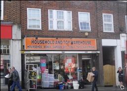 1,455 SF High Street Shop for Rent  |  103 Central Road, Worcester Park, KT4 8DY