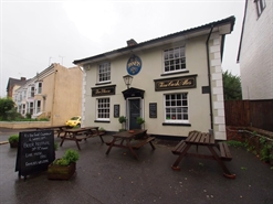 1,015 SF Out of Town Shop for Sale  |  The Tanners Arms, Horsham, RH13 5BU