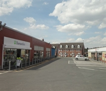 886 SF High Street Shop for Rent  |  2 Mossley Road, Heys Retail Park, Ashton Under Lyne, OL6 6NQ