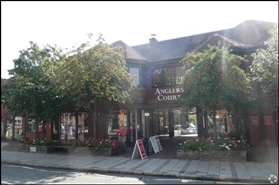 905 SF High Street Shop for Rent | Unit 4 & 5, Anglers Court, Marlow, SL7 1DB