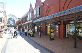 4,629 SF Shopping Centre Unit for Rent  |  63 Victoria Street, Blackpool, FY1 4HU