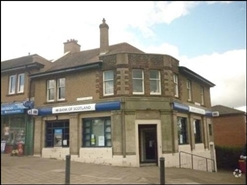 950 SF Out of Town Shop for Rent  |  2 Buckstone Terrace, Edinburgh, EH10 6PZ