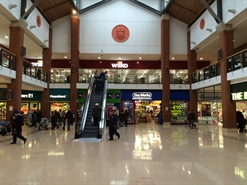 460 SF Shopping Centre Unit for Rent  |  Unit 51, The arcades, Ashton Under Lyne, OL6 7JE