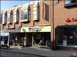 993 SF High Street Shop for Rent  |  28 - 32 Potter Street, Bishops Stortford, CM23 3UL