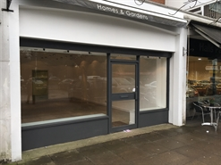 320 SF High Street Shop for Rent  |  37, St Peters Court, Gerrards Cross, SL9 9QQ