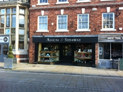 650 SF High Street Shop for Rent  |  20 Queen Street, Salisbury, SP1 1EY
