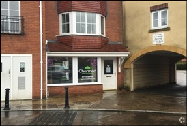 631 SF Out of Town Shop  |  20 Main Square, Chorley, PR7 7AR