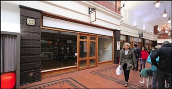 893 SF Shopping Centre Unit for Rent  |  Unit 26, Victoria Centre, Llandudno, LL30 2RP