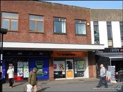 673 SF High Street Shop for Rent  |  15 Southampton Road, Ringwood, BH24 1HB