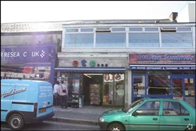 350 SF High Street Shop for Rent  |  22 East Street, Newquay, TR7 1BH