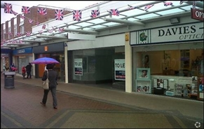 898 SF Shopping Centre Unit for Rent  |  Unit 33, Priory Centre, Worksop, S80 1JR