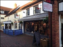 396 SF High Street Shop for Rent  |  11 Old Red Lion Court, Stratford Upon Avon, CV37 6AB