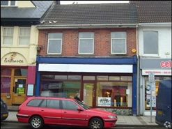 631 SF High Street Shop for Rent  |  138 - 140 High Street, Blackwood, NP12 1AH