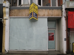 1,014 SF High Street Shop for Rent   249 St Albans Road, Watford, WD24 5SD