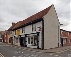 700 SF High Street Shop for Rent  |  24A - 24B St Marys Street, Wallingford, OX10 0EW