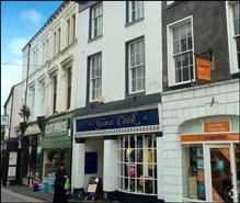 1,008 SF High Street Shop for Sale  |  18 Market Street, Ulverston, LA12 7LR