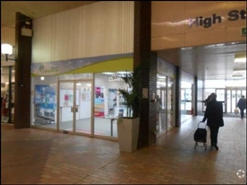 898 SF Shopping Centre Unit for Rent | Unit 14, Knightswick Shopping Centre, Canvey Island, SS8 7AB