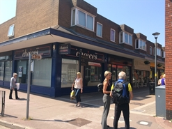 2,055 SF Shopping Centre Unit for Rent  |  Unit 2-3, Daniel Owen Precinct, Mold, CH7 1AP