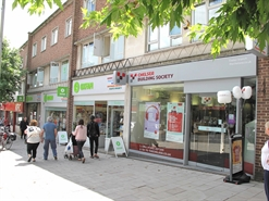 787 SF High Street Shop for Rent  |  99 South Street, Exeter, EX1 1EN