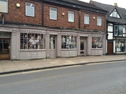 739 SF High Street Shop for Rent  |  15A Wood Street, Stratford Upon Avon, CV37 6JF