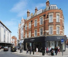 655 SF High Street Shop for Rent  |  2 - 2A George Street, Richmond, TW9 1JY