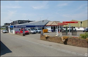 1,500 SF Out of Town Shop for Rent  |  Barras Convenience Store, Guernsey, GY6 8EN