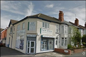 1,074 SF High Street Shop for Sale  |  210 Newhampton Road West, Wolverhampton, WV6 0RW