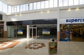 1,421 SF Shopping Centre Unit for Rent  |  Unit 37-39 Spring Lane, Wellingborough, NN8 1EY