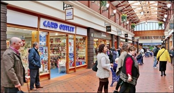 1,000 SF Shopping Centre Unit for Rent  |  Unit 11, Victoria Centre, Llandudno, LL30 2NG