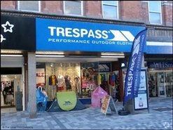 2,498 SF High Street Shop for Rent  |  18 Vicar Street, Kidderminster, DY10 1DA