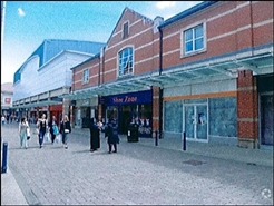 594 SF Shopping Centre Unit for Rent  |  The Parishes Shopping Centre, Scunthorpe, DN15 6RB