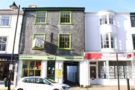 813 SF High Street Shop for Sale  |  60 Fore Street, Kingsbridge, TQ7 1NY