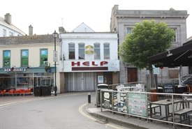 2,300 SF High Street Shop for Rent  |  9 Central Square, Newquay, TR7 1JH