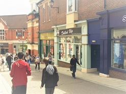 410 SF Shopping Centre Unit for Rent  |  Unit 27 Steeplegate, Chesterfield, S40 1PY