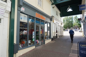 868 SF Shopping Centre Unit for Rent  |  Unit 4, Library PLace, Chepstow, NP16 5HZ