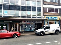870 SF High Street Shop for Rent  |  27 Dudley Street, Dudley, DY3 1SG