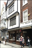 519 SF High Street Shop for Rent  |  33 Stonegate, York, YO1 8AW